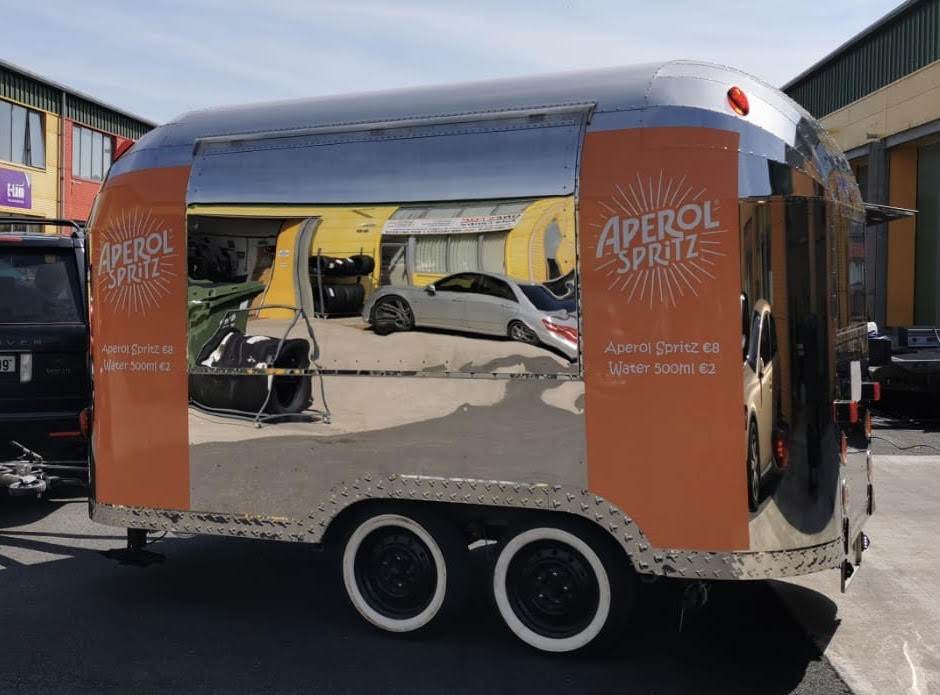 Aperol Spritz Promo Vehicle καμπάνια για το μουσικό φεστιβάλ All Together Now 2019